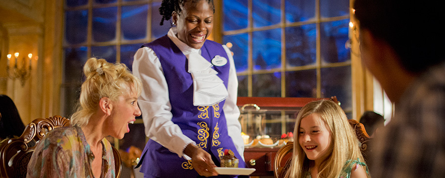 Holiday Dining at the Walt Disney World Resort