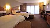 wdw-contemporary-room-type-garden-wing-hospitality-suite-170x96.jpg