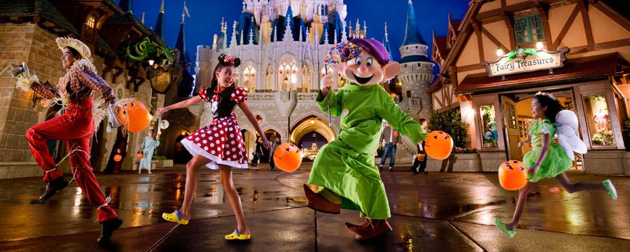 Festa de Halloween do Mickey Não-Tão-Assustadora